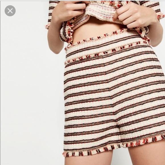 Zara Pants - Zara high waisted tweed shorts